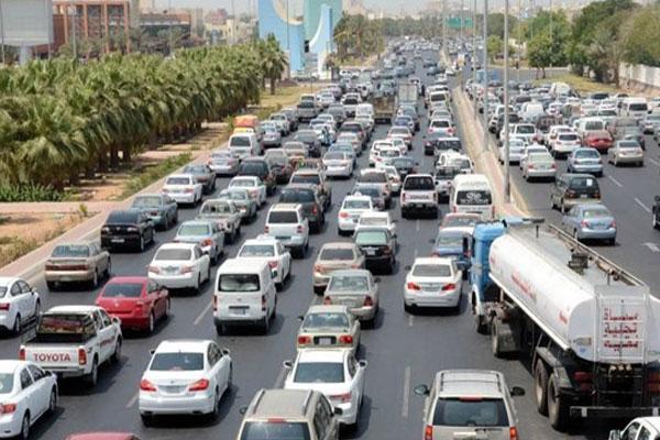 كشف حقيقة قيام سايس بإغلاق طريق خدمة بالأقماع بأحد شوارع القاهرة